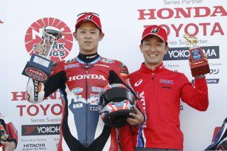Takumi Takahashi(L), Tohru Ukawa(R)